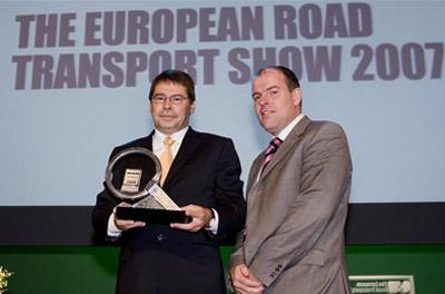 Internationale Jury zeichnet die beiden neuen Lkw-Baureihen von MAN mit begehrter Trophäe aus